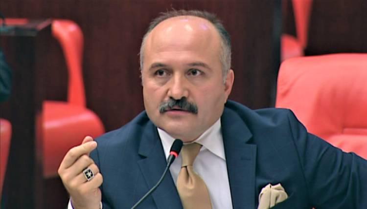 """Erhan Usta, """"31 Yıldır Devam Eden Mağduriyeti"""" Dile Getirdi."""