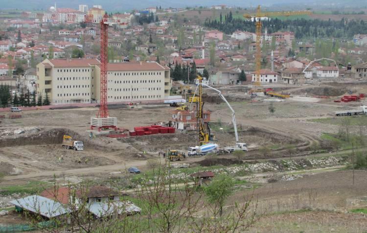 TOKİ'de Hafriyat bitti, zemin iyileştirilip inşaata başlanacak